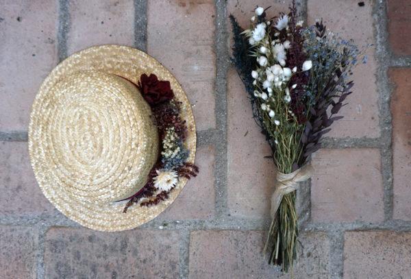 complementos de flores en el columpio