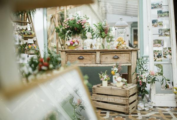 flores en el columpio decoración floral