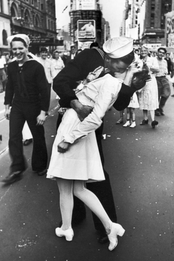 histórico beso en times square