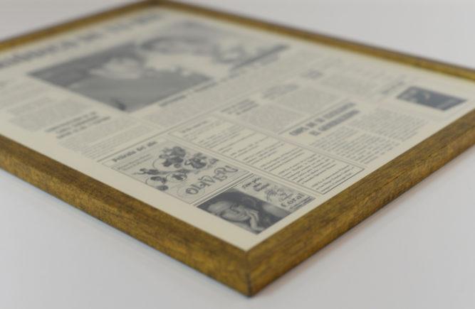 marco dorado para primera plana