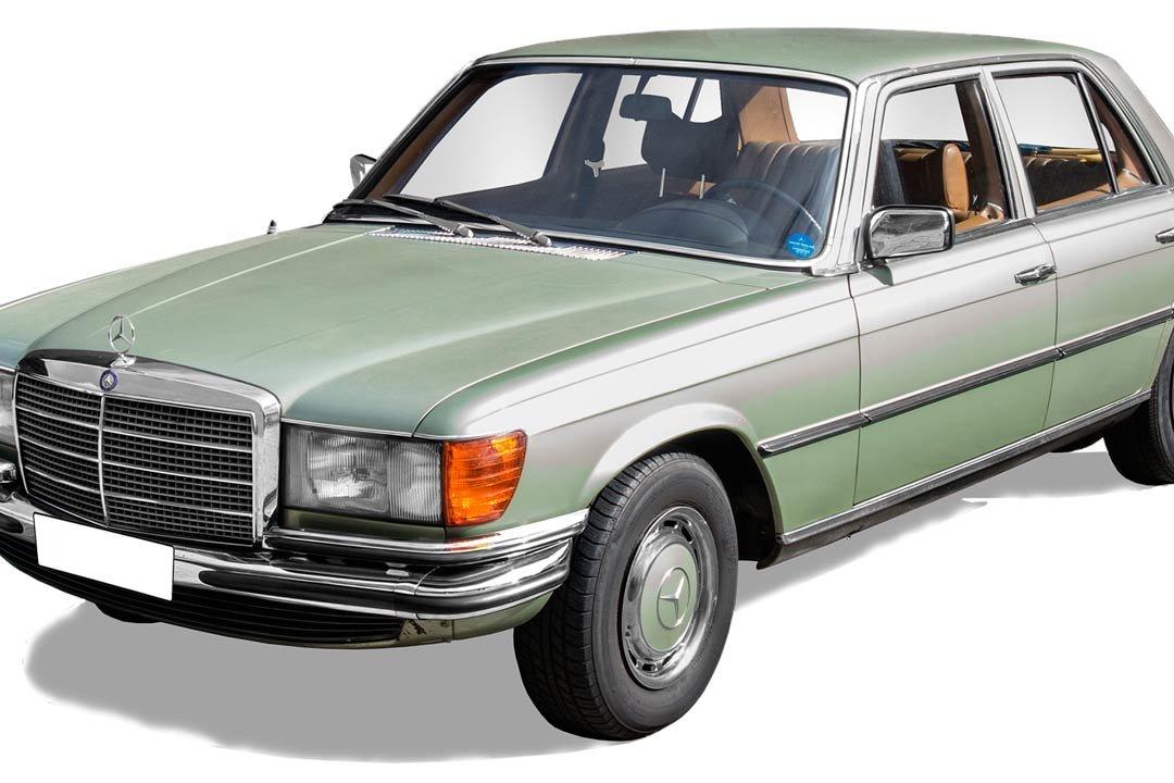 regalo-bodas-de-oro-coche-antiguo